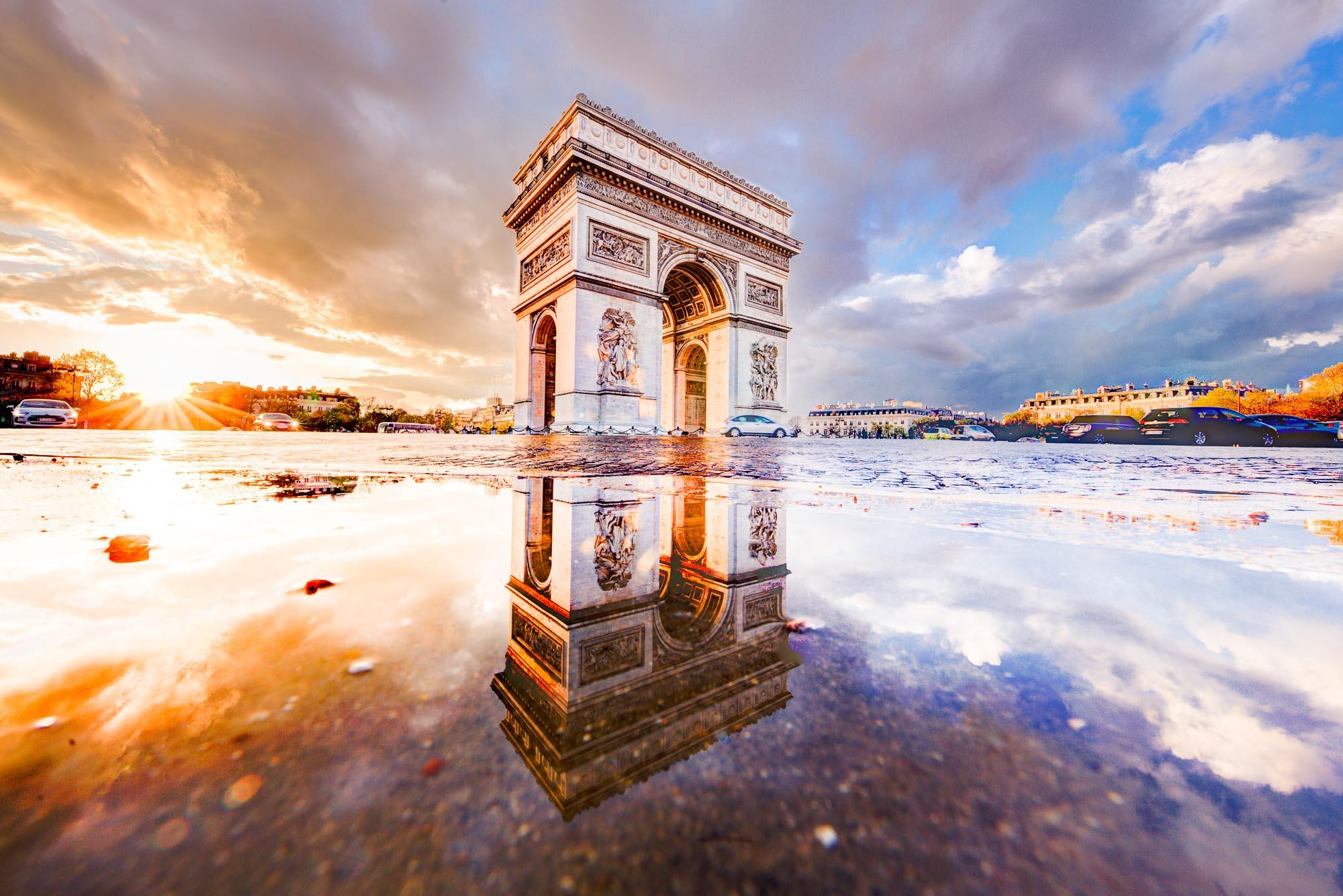 Sunset on Arc de Triomphe Place de l Etoile Paris France