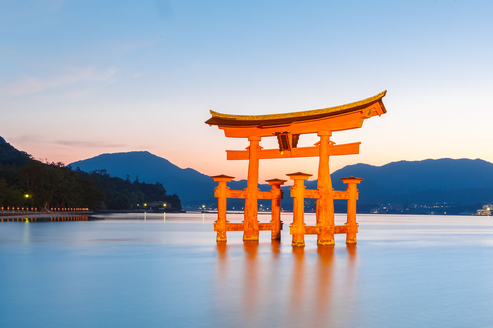 Japan Miyajima torii07