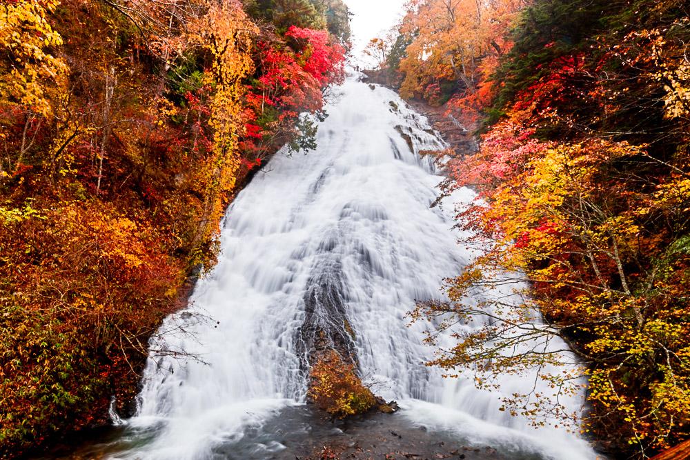 Japan nikko lake chuzenji yudaki falls
