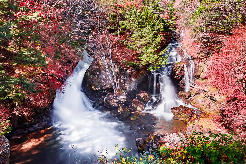 Japan nikko lake chuzenji momiji Ryuzu falls