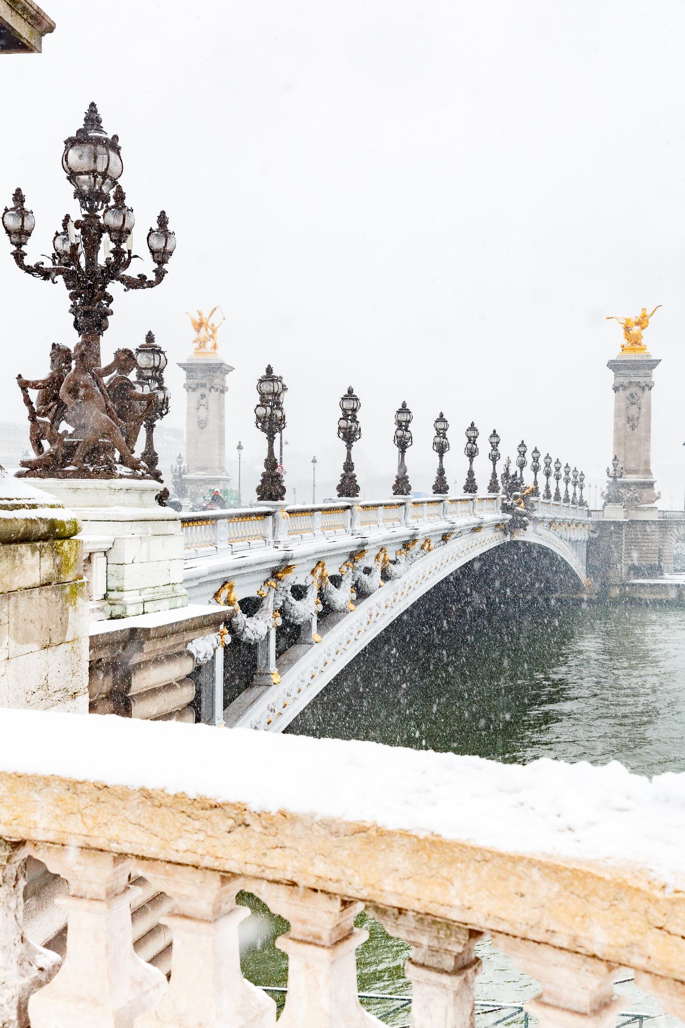 Snow in Paris in winter - Loic Lagarde -17
