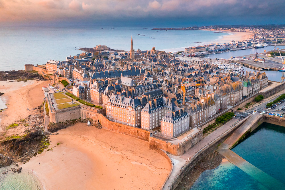 Cote d'emeraude Saint-Malo Saint-Malo Intramuros air Loic Lagarde-1